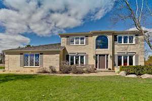 1367 Bridgewater Ln Long Grove, IL 60047