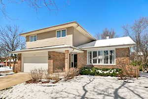 7236 Oneill Rd Downers Grove, IL 60516