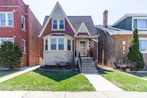 5153 W Melrose St Chicago, IL 60641