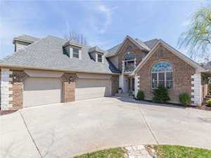 7327 River Birch Lane Indianapolis, IN 46236