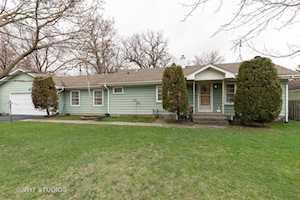 18733 W Gages Lake Rd Grayslake, IL 60030