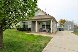 135 Mud Hen Dr Shepherdsville, KY 40165