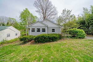 1900/1900R Gladstone Ave Louisville, KY 40205