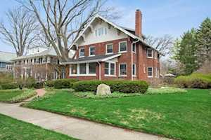 518 Forest Ave Wilmette, IL 60091