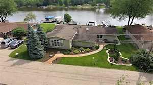 4510 Riverside Dr Crystal Lake, IL 60014