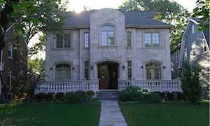 835 S Prospect Ave Park Ridge, IL 60068