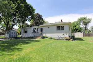 18242 W Twin Lakes Blvd Grayslake, IL 60030