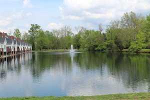 8905 Lyndon Lakes Pl Louisville, KY 40242