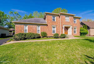 5704 Timber Ridge Dr Prospect, KY 40059