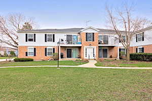 987 Golf Course Rd #3 Crystal Lake, IL 60014