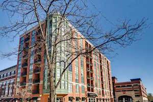 1 S Highland Ave #405 Arlington Heights, IL 60005