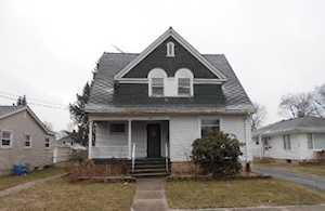 425 Morgan St Elgin, IL 60123