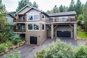 3122 Colonial Drive Bend, OR 97703