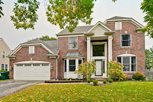 1200 Williamsburg Circle Grayslake, IL 60030