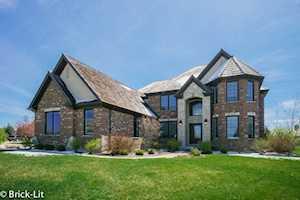 1747 Lake Charles Dr Vernon Hills, IL 60061