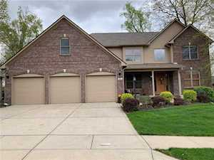 7854 Shady Woods Drive Indianapolis, IN 46259