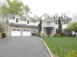 150 Circle View Ave Berkeley Heights Twp., NJ 07922