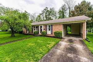 1037 Camellia Drive Lexington, KY 40504