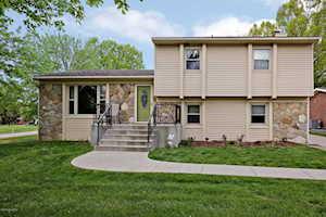 406 Bruner Hill Rd Louisville, KY 40243