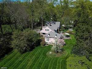 119 Wild Hedge Ln Mountainside Boro, NJ 07092