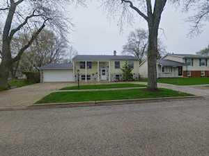 303 Westmoreland Dr Vernon Hills, IL 60061
