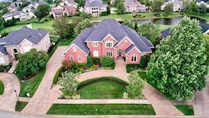 2002 Fairway Vista Dr Louisville, KY 40245