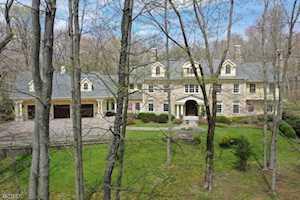 34 Woodland Rd Harding Twp., NJ 07976