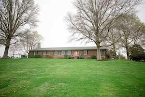 200 Craigs Creek Road Versailles, KY 40383