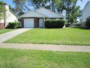 517 Scottsdale Circle Lexington, KY 40511