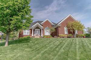 5709 Valley Park Dr Louisville, KY 40299