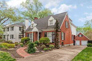 4014 Saint Ives Ct Louisville, KY 40207