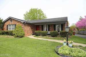 426 Whiteheath Ln Louisville, KY 40243
