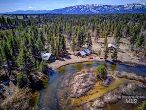 13481 Highway 55 Mccall, ID 83638