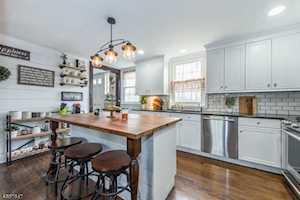 16 Armstrong Rd Morris Twp., NJ 07960