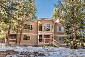 266 Holiday Vista Dr MVII lot #55 Mammoth Lakes, CA 93546-0237