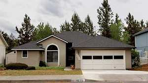 1625 Hollow Tree Bend, OR 97701