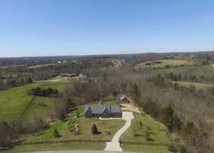 19104 Hunt Country Ln Fisherville, KY 40023