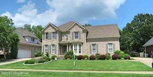 3801 Woodmont Park Ln Louisville, KY 40245