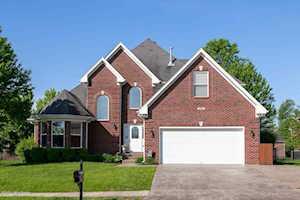 4608 Cherry Forest Cir Louisville, KY 40245