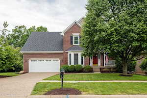 4018 Saratoga Woods Dr Louisville, KY 40299