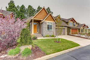 60833 Whitney Place Bend, OR 97702