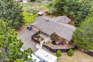 61850 Ward Bend, OR 97702