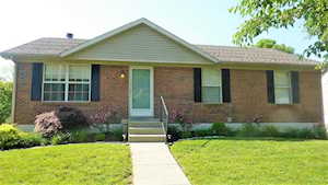 428 Fox Harbour Drive Lexington, KY 40517