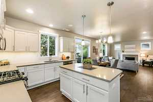 1806 Lot 25 Coby Way Bend, OR 97701