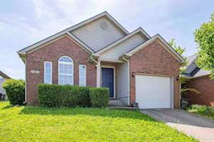 208 Clover Valley Lexington, KY 40511