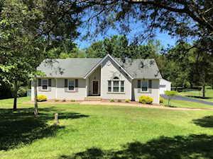 2409 Elder Park Rd La Grange, KY 40031