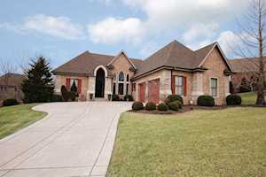 16817 Shakes Creek Dr Fisherville, KY 40023