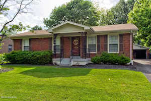 2210 Steeplechase Dr Louisville, KY 40299