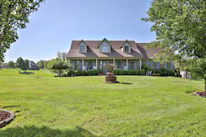489 Pearl Ct Taylorsville, KY 40071