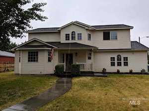 595 E 14TH Mountain Home, ID 83647